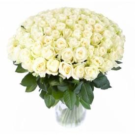 101 белая роза высота 70 см.