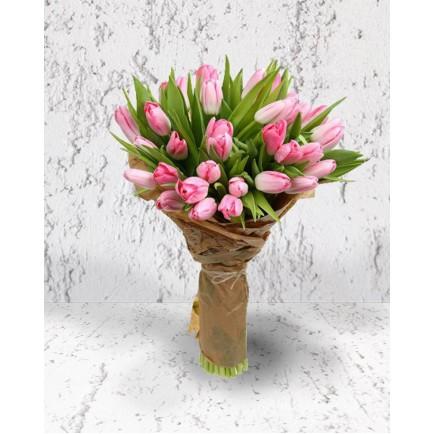 Чуточку тюльпанов